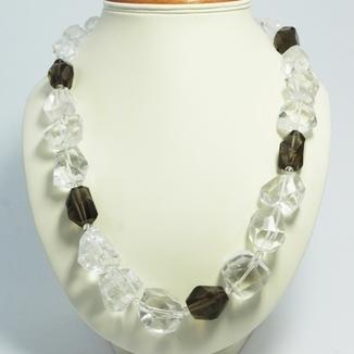 Naszyjnik z nieregularnych kryształów górskich